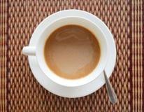 Βιετναμέζικη στιγμιαία καυτή τοπ άποψη καφέ σχετικά με το εξωτικό ασιατικό χαλί Στοκ εικόνα με δικαίωμα ελεύθερης χρήσης