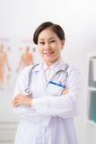 Βιετναμέζικος ιατρός παθολόγος Στοκ Φωτογραφίες