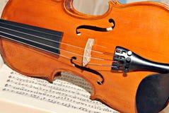 βιολί τεσσάρων συμβολο& Στοκ Φωτογραφίες
