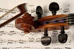 βιολί τόξων στοκ φωτογραφίες με δικαίωμα ελεύθερης χρήσης