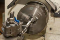 Βιομηχανία μετάλλων - τόρνος Στοκ φωτογραφία με δικαίωμα ελεύθερης χρήσης