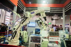 Βιομηχανικά χέρια ρομπότ Στοκ φωτογραφία με δικαίωμα ελεύθερης χρήσης