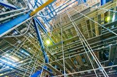 Βιομηχανικές εγκαταστάσεις παραγωγής ενέργειας υλικών σκαλωσιάς Στοκ Εικόνες