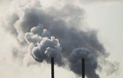 βιομηχανικές στοίβες καπνού στοκ φωτογραφία