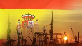Βιομηχανική έννοια με τη σημαία της Ισπανίας στο ηλιοβασίλεμα απόθεμα βίντεο