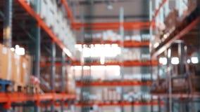 Βιομηχανική αποθήκευση στο εργοστάσιο μετάλλων Αποθήκη εμπορευμάτων με τα βιομηχανικά αγαθά φιλμ μικρού μήκους