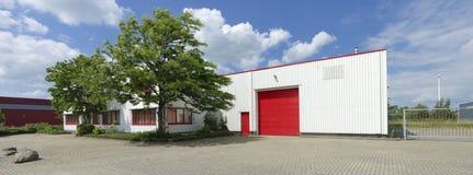 Βιομηχανική αποθήκη εμπορευμάτων Στοκ φωτογραφία με δικαίωμα ελεύθερης χρήσης