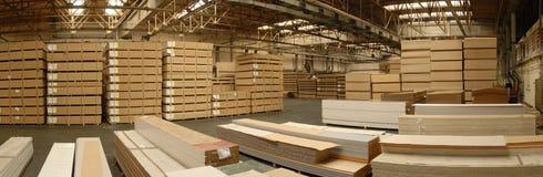 βιομηχανική αποθήκη εμπο&r Στοκ εικόνες με δικαίωμα ελεύθερης χρήσης