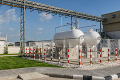 Βιομηχανική δεξαμενή αερίου χάλυβα για την αποθήκευση των LPG στοκ φωτογραφία με δικαίωμα ελεύθερης χρήσης