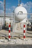 Βιομηχανική δεξαμενή αερίου χάλυβα για την αποθήκευση των LPG στοκ εικόνα