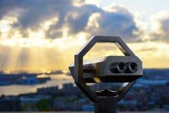 Βιομηχανική ζώνη στο ηλιοβασίλεμα Στοκ Εικόνες