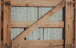 βιομηχανική συσκευασί&alpha box isolated wooden Στοκ εικόνες με δικαίωμα ελεύθερης χρήσης