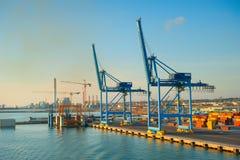 Βιομηχανικός εμπορικός θαλάσσιος λιμένας στοκ φωτογραφία με δικαίωμα ελεύθερης χρήσης