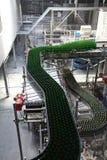 Βιομηχανικός εξοπλισμός στις μονάδες των εγκαταστάσεων για την παραγωγή της μπύρας Στοκ φωτογραφίες με δικαίωμα ελεύθερης χρήσης