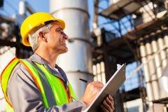 Βιομηχανικός εργάτης πετρελαίου Στοκ εικόνα με δικαίωμα ελεύθερης χρήσης