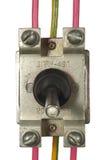 Βιομηχανικός ηλεκτρικός διακόπτης με τα πολύχρωμα καλώδια Στοκ Εικόνες