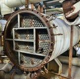 Βιομηχανικός λέβητας σε ένα εγκαταλειμμένο εργοστάσιο Στοκ Εικόνες