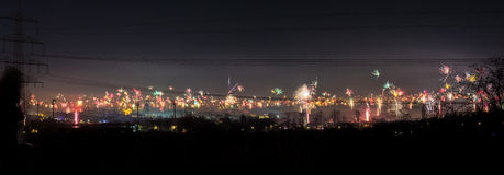 Βιομηχανικός ορίζοντας του Μπόχουμ, Γερμανία μια νέα παραμονή ετών στα μεσάνυχτα Στοκ φωτογραφίες με δικαίωμα ελεύθερης χρήσης