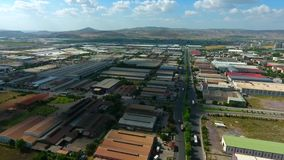 Βιομηχανικός χώρος παραγωγής εργοστασίων Εναέρια ζώνη βιομηχανίας άποψης βαριά απόθεμα βίντεο