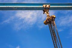 βιομηχανικό ανυψωτικό βαρούλκο αλυσίδων Στοκ Φωτογραφία