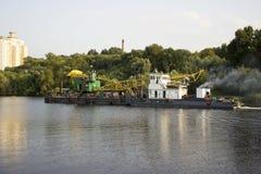 Βιομηχανικό σκάφος γερανών, Μόσχα Στοκ Φωτογραφία