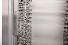Βιομηχανικό ψυγείο για τους καφέδες και αποσυνδεμένο το εστιατόρια ι Στοκ Εικόνες