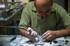 Βιοτέχνης νεφριτών, χειροτεχνικός, εξειδικευμένος εργάτης στοκ εικόνα με δικαίωμα ελεύθερης χρήσης