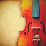 Βιολί στο υπόβαθρο grunge με την αναδρομική επίδραση Στοκ Φωτογραφίες
