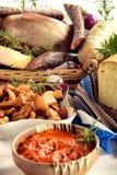 Βιο θεραπευμένη πιατέλα κρέατος των παραδοσιακών κρεάτων χοιρινού κρέατος και άλλου tradi Στοκ φωτογραφία με δικαίωμα ελεύθερης χρήσης