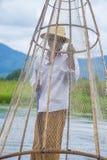 Βιρμανός ψαράς στη λίμνη inle Στοκ Φωτογραφία