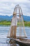 Βιρμανός ψαράς στη λίμνη inle Στοκ φωτογραφίες με δικαίωμα ελεύθερης χρήσης