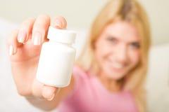 βιταμίνες συμπληρωμάτων Στοκ φωτογραφία με δικαίωμα ελεύθερης χρήσης