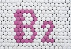 Βιταμίνη Β 2 φιαγμένη από χάπια στοκ εικόνες