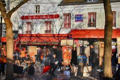 Βοημίας ζωγράφοι που εργάζονται στο Παρίσι στην περιοχή Montmartre Στοκ φωτογραφίες με δικαίωμα ελεύθερης χρήσης