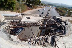 βομβαρδισμένη γέφυρα στοκ φωτογραφία με δικαίωμα ελεύθερης χρήσης