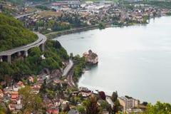 Βορειοανατολική ακτή της λίμνης Γενεύη και του κάστρου Chillon montreux Ελβετία Στοκ Φωτογραφία