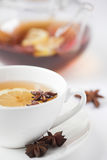 βοτανικό τσάι λεμονιών γλ&up στοκ εικόνα