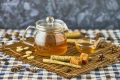 Βοτανικό τσάι Burdock Στοκ Φωτογραφίες