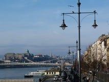 Βουδαπέστη, δευτερεύον πανόραμα παρασίτων με το Δούναβη Στοκ εικόνες με δικαίωμα ελεύθερης χρήσης