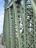Βουδαπέστη, Ουγγαρία Αρχιτεκτονικές λεπτομέρειες της γέφυρας ελευθερίας ή της γέφυρας ελευθερίας στοκ φωτογραφία