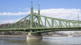 Βουδαπέστη, Ουγγαρία Η γέφυρα ελευθερίας ή γέφυρα ελευθερίας στοκ εικόνα