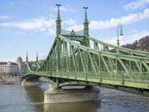 Βουδαπέστη, Ουγγαρία Η γέφυρα ελευθερίας ή γέφυρα ελευθερίας στοκ εικόνες με δικαίωμα ελεύθερης χρήσης