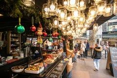 Βουδαπέστη, Ουγγαρία - το Δεκέμβριο του 2017: Ουγγρικά τρόφιμα οδών στοκ εικόνα