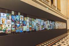 ΒΟΥΔΑΠΕΣΤΗ, ΟΥΓΓΑΡΙΑ - 3 ΑΠΡΙΛΊΟΥ 2019: Διαλογική επιτροπή με μια στοά των έργων ζωγραφικής το μουσείο Καλών Τεχνών της Βουδαπέστ στοκ φωτογραφίες με δικαίωμα ελεύθερης χρήσης