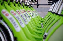 ΒΟΥΔΑΠΕΣΤΗ, ΟΥΓΓΑΡΙΑ - 12 ΔΕΚΕΜΒΡΊΟΥ 2014: Νέα κλήση μίσθωσης ποδηλάτων της Βουδαπέστης Στοκ φωτογραφίες με δικαίωμα ελεύθερης χρήσης