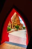 ΒΟΥΔΑΣ σε Wat Tham Sua Στοκ εικόνα με δικαίωμα ελεύθερης χρήσης