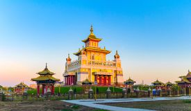 Βουδιστική χρυσή διανομή ναών του Βούδα Shakyamuni σε Elista, Δημοκρατία της Καλμουκίας, Ρωσία Στοκ Εικόνα