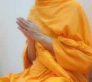 βουδιστικός μοναχός χεριών στοκ εικόνες