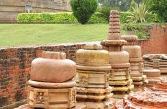 βουδιστικός ναός stupas κατα&sig Στοκ φωτογραφία με δικαίωμα ελεύθερης χρήσης