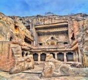 Βουδιστικό μοναστήρι Mahayana στις σπηλιές Ellora Μια περιοχή παγκόσμιων κληρονομιών της ΟΥΝΕΣΚΟ Maharashtra, Ινδία στοκ φωτογραφία με δικαίωμα ελεύθερης χρήσης